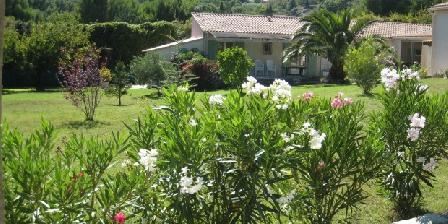 Lou Pantaï Gîte de charme avec piscine intérieure privée, Gîtes Rochefort Du Gard (30)