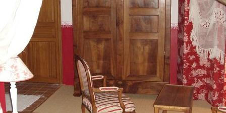 Les Eaux Calmes Maison d'hôtes et gîtes Les Eaux Calmes, Chambres d`Hôtes Talcy (89)