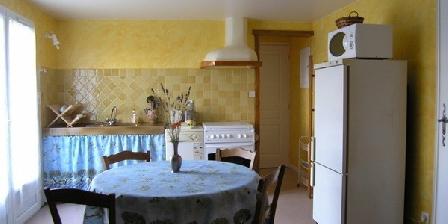 Les Amandiers Les Amandiers, Chambres d`Hôtes Lançon Provence (13)