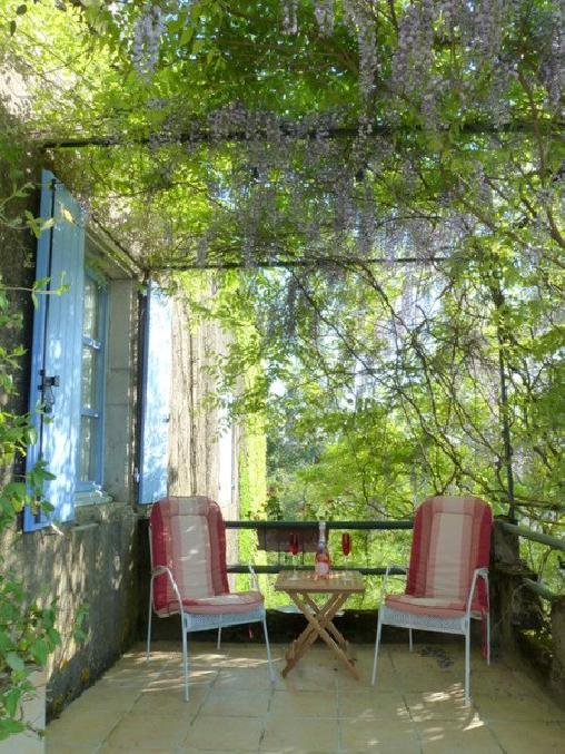 Les Volets Bleus, Chambres d`Hôtes Le Segur (81)