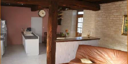 Le Clos des Feuillantines Le Clos des Feuillantines, Chambres d`Hôtes Argenteuil Sur Armançon (89)
