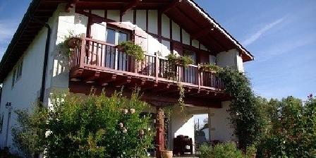 Maison Kuluxka Maison Kuluxka, Chambres d`Hôtes Sare (64)