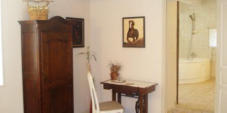 Chambre D'Hotes Shad Chambre D'Hotes Shad, Chambres d`Hôtes Barjac (30)