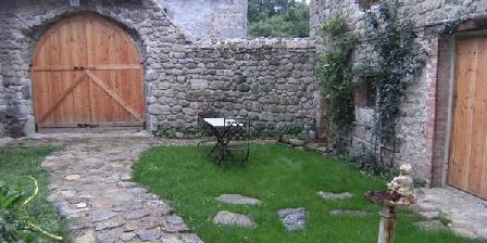A l'Orée des Sapins A l'Orée des Sapins, Chambres d`Hôtes Saint Priest La Vêtre (42)