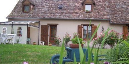 Les Chambres de Monique Leret Les chambres de la Chariière, Chambres d`Hôtes Téloché (72)