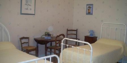 Le Vieux Pommier Le Vieux Pommier, Chambres d`Hôtes Giat (63)