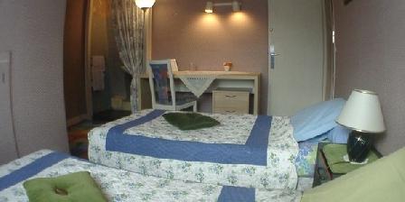 Le Cottage Le Cottage - Chambres d'hôtes en Essonne - près Paris Versailles., Chambres d`Hôtes Bures Sur Yvette (91)