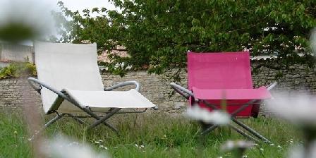 La Collègiale La Collègiale, Chambres d`Hôtes La Rochelle - Clavette (17)