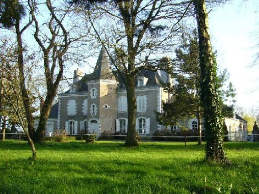 Chateau de la Montchevalleraie, Chambres d`Hôtes Aviré (49)