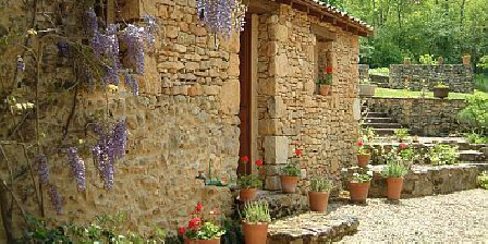 Domaine de Peyrecaty Domaine de Peyrecaty, Chambres d`Hôtes Larzac (24)