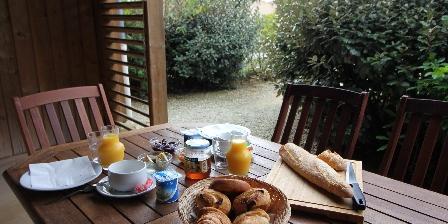 Domaine des Compouzines Petit déjeuner (en supplément)