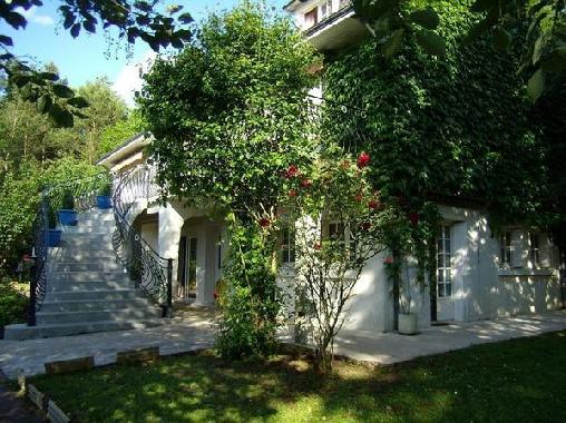 Les Iris Val de Loire Locations, Chambres d`Hôtes Monthou-Sur-Cher (41)