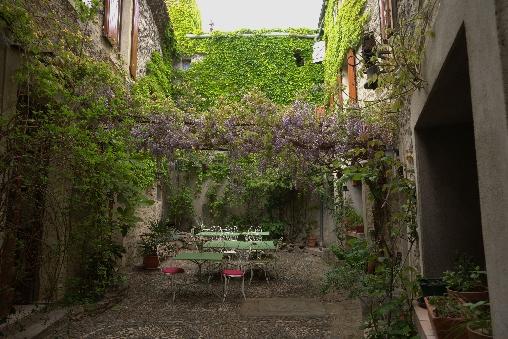 Chambre d'hote Hérault - Le Couvent  cour intérieure