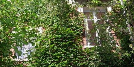 La Maison Bleue La Maison Bleue, Chambres d`Hôtes Paris (75)