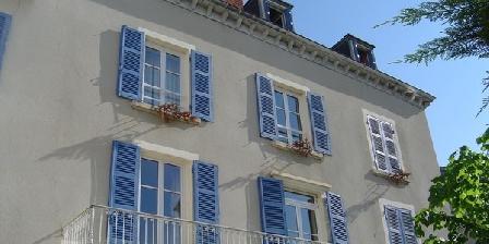 Les Volets Bleus Les Volets Bleus, Chambres d`Hôtes Le Perreon (69)