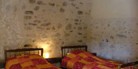 L'Oliverie La Ferme Naturiste L'Oliverie, Chambres d`Hôtes Saurais (79)