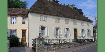 Chambre d'hotes La Bourgeoise > La Bourgeoise, Chambres d`Hôtes Arnay-le-Duc (21)
