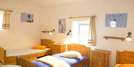 Aire de la Séranne Ch à 3 lits avec salle d'eau