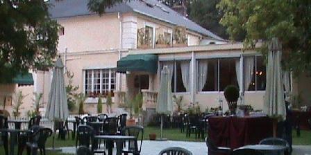 Les Salons Leopold Les Salons Leopold, Chambres d`Hôtes Cernay La Ville (78)