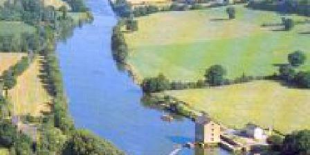Le Moulin de la Rongère Le Moulin de la Rongère, Chambres d`Hôtes St Sulpice (53)