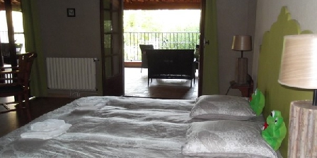 Bastide de Lassalle Bastide de Lassalle, Chambres d`Hôtes Montegut (32)