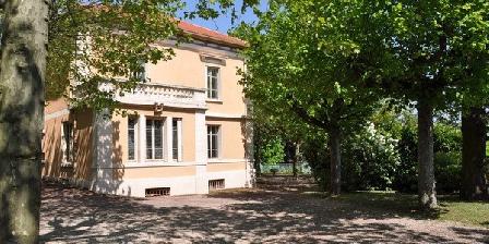 Villa Castel Villa Castel, Chambres d`Hôtes Crépieux-la-Pape (69)