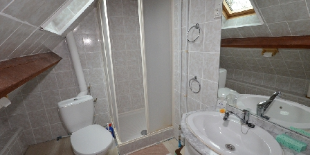 Gîte du Laurier Salle de bain chambre alexis