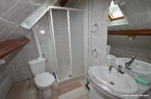Salle de bain chambre alexis