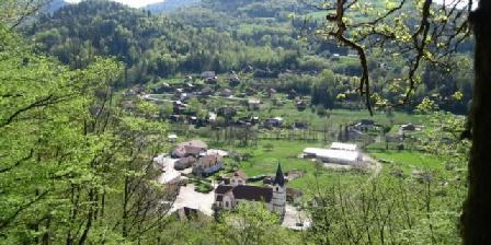 Gite Les Chalets de la Cascade > Les Chalets de la Cascade, Chambres d`Hôtes Le Menil (88)