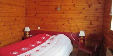 Les Chalets de la Cascade Les Chalets de la Cascade, Chambres d`Hôtes Le Menil (88)