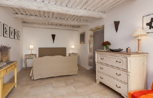 Chambre d'hote Vaucluse - La Louvière des Bruyères, Chambres d`Hôtes Robion (84)
