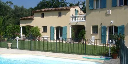Les Jardins du Golf Les Jardins du Golf, Chambres d`Hôtes Chateauneuf De Grasse (06)
