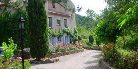 Chambre d'hotes Domaine des Rochers > Domaine des Rochers, Chambres d`Hôtes St Etienne De Gourgas (34)