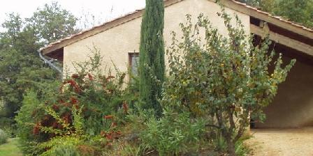 Domaine La Fontaine du Cade Domaine La Fontaine du Cade, Gîtes Lagorce (07)