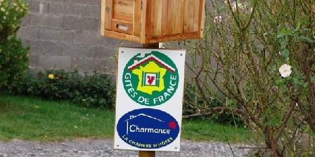 Les Chambres de Montmartin Les Chambres de Montmartin, Chambres d`Hôtes Montrottier (69)