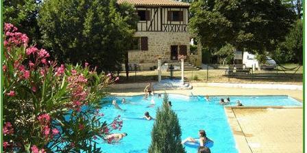 Le Domaine du Castex Le Domaine du Castex, Chambres d`Hôtes Aignan (32)