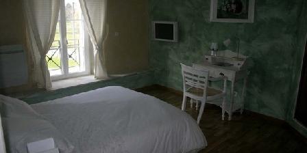 Chambres d'Hôtes du Gros Chêne Chambres d'Hôtes du Gros Chêne, Chambres d`Hôtes Frampas (52)