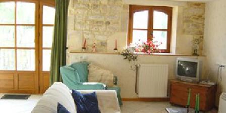 Le Moulin De Chazotte Le Moulin De Chazotte, Chambres d`Hôtes Cherves Richemont (16)