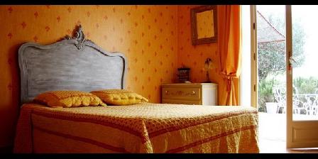 Bastide Lou Grand Bos Bastide Lou Grand Bos, Chambres d`Hôtes Domazan (30)