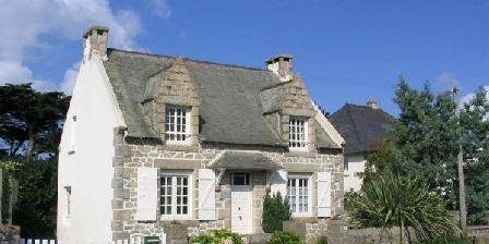 Gite Maison Bretonne > Maison Bretonne, Chambres d`Hôtes Trégastel (22)