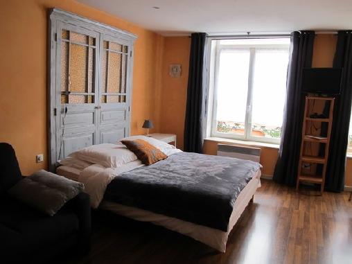 Chambres du petit bois une chambre d 39 hotes dans les - Chambres d hotes charleville mezieres ...