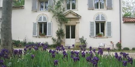 Domaine le Taleur Domaine le Taleur, Chambres d`Hôtes Sauveterre (30)