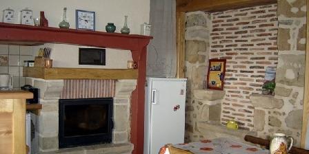 Gite Gîte Cros Denis > Maison individuelle de caractère 7 personnes Ste Colombe Lot piscine hors sol, Gîtes Sainte Colombe (46)