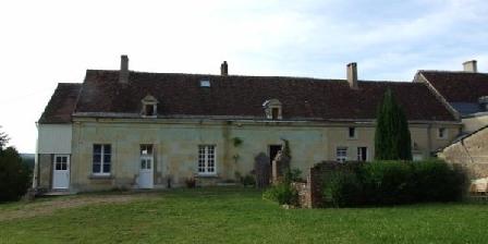 La Commanderie La Commanderie Saint Jean d'Artins, Chambres d`Hôtes Artins (41)
