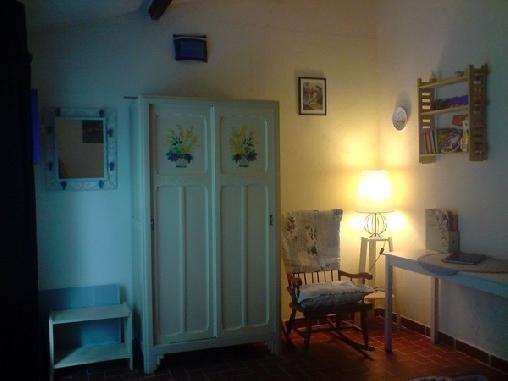 La Petite Borie, Chambres d`Hôtes Jouques (13)