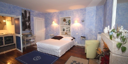 parfum du sud une chambre d 39 hotes en vend e dans le pays de la loire accueil. Black Bedroom Furniture Sets. Home Design Ideas
