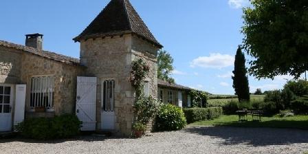 Maison Rouge  Chambres d'hôtes Peyraguey Maison Rouge au milieu des vignes Bordeaux Sauternes, Chambres d`Hôtes Bommes Sauternes (33)