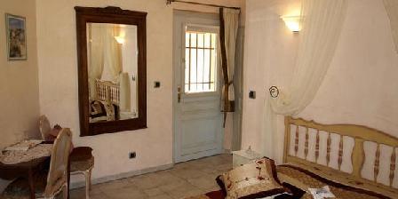 L' Atrium L' Atrium, Chambres d`Hôtes Ansouis (84)