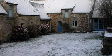 Poterie de Lezerhy Poterie de Lezerhy, Chambres d`Hôtes Bieuzy Les Eaux (56)
