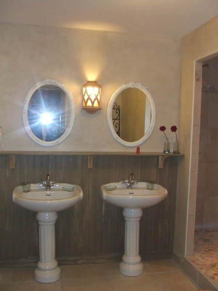 la villa toscana une chambre d 39 hotes dans le rh ne en rh ne alpes album photos. Black Bedroom Furniture Sets. Home Design Ideas